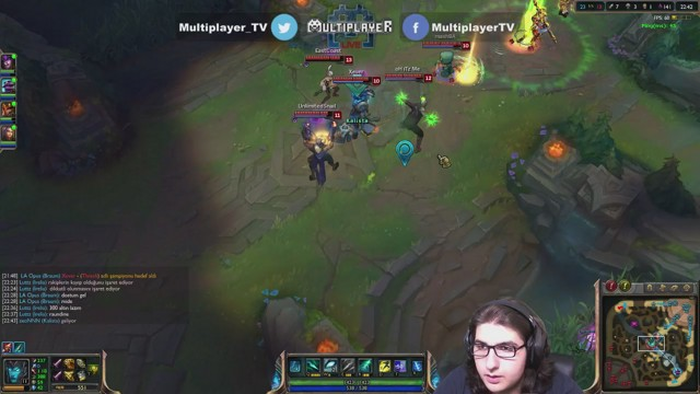 Stream by Multiplayer - League of Legends